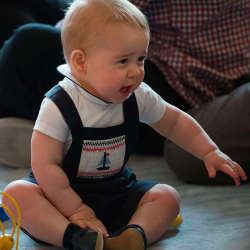 royal-baby-prince-george-playdate-wellington-new-zealand-april-2014